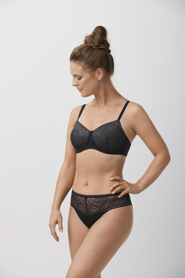 Amoena Carrie Post Mastectomy Bra with Multiway Straps